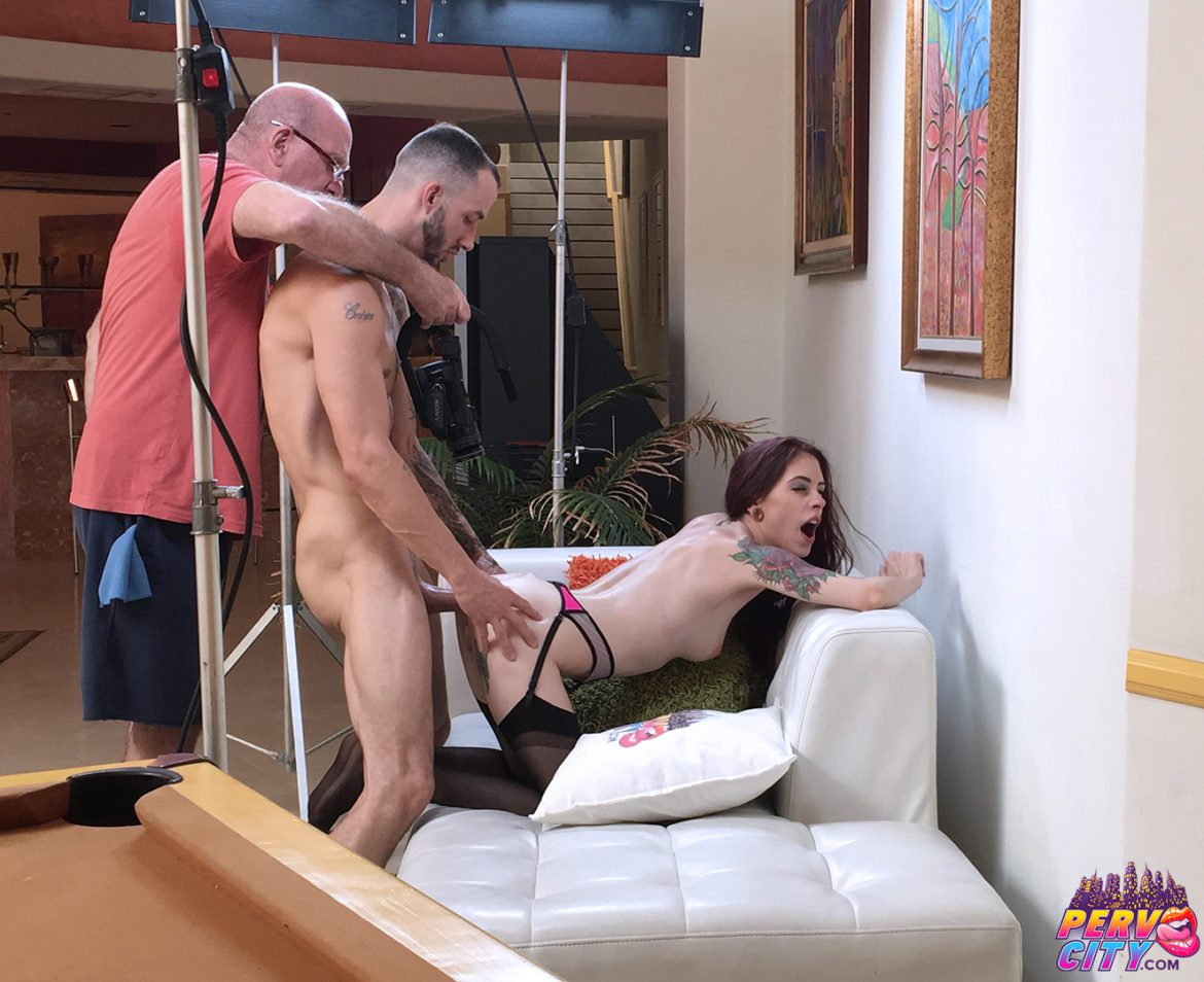 Anna de Ville Behind the Scenes New Anal Scene