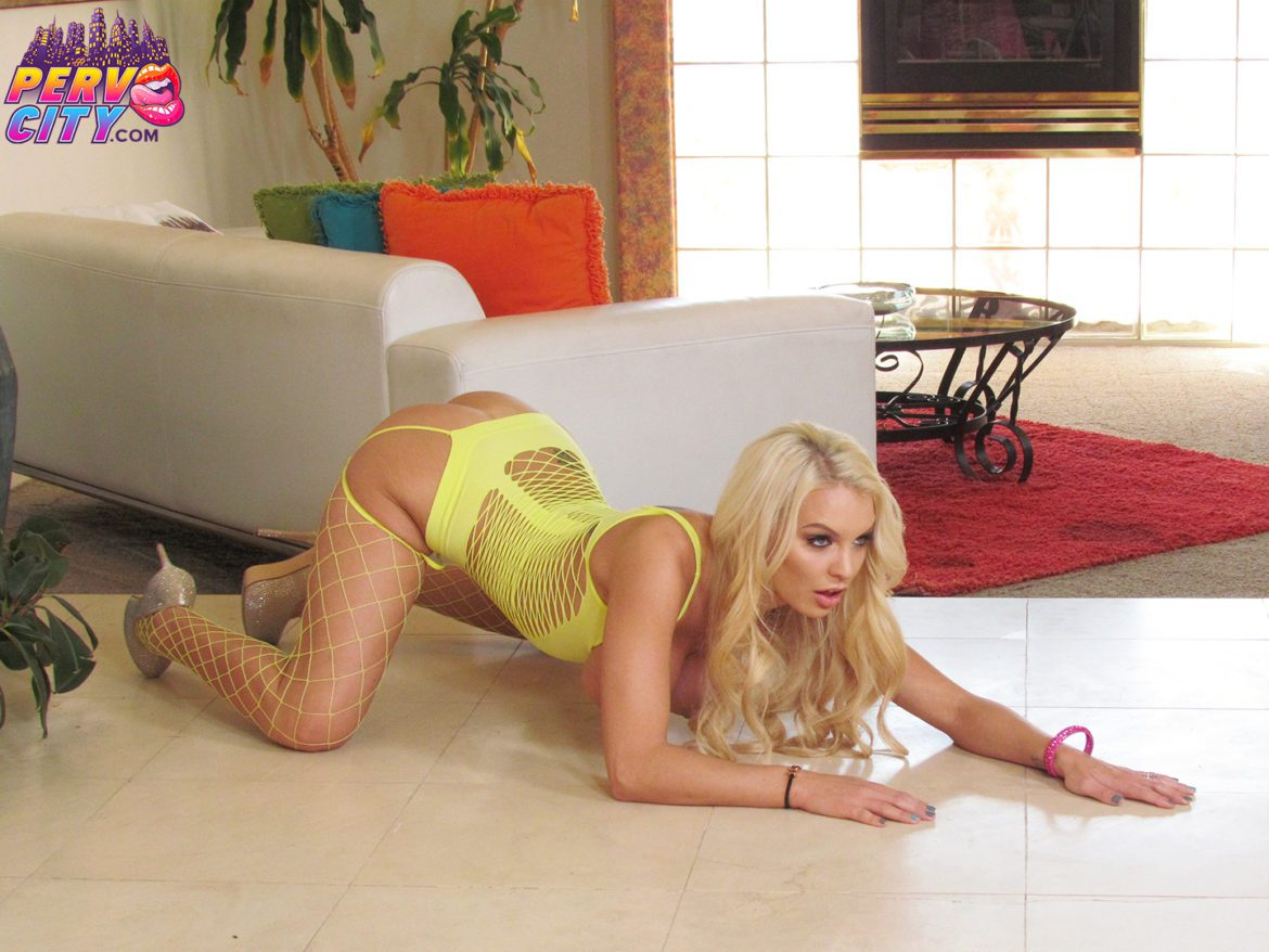 Kenzie Taylor Behind the Scenes Anal and Interracial
