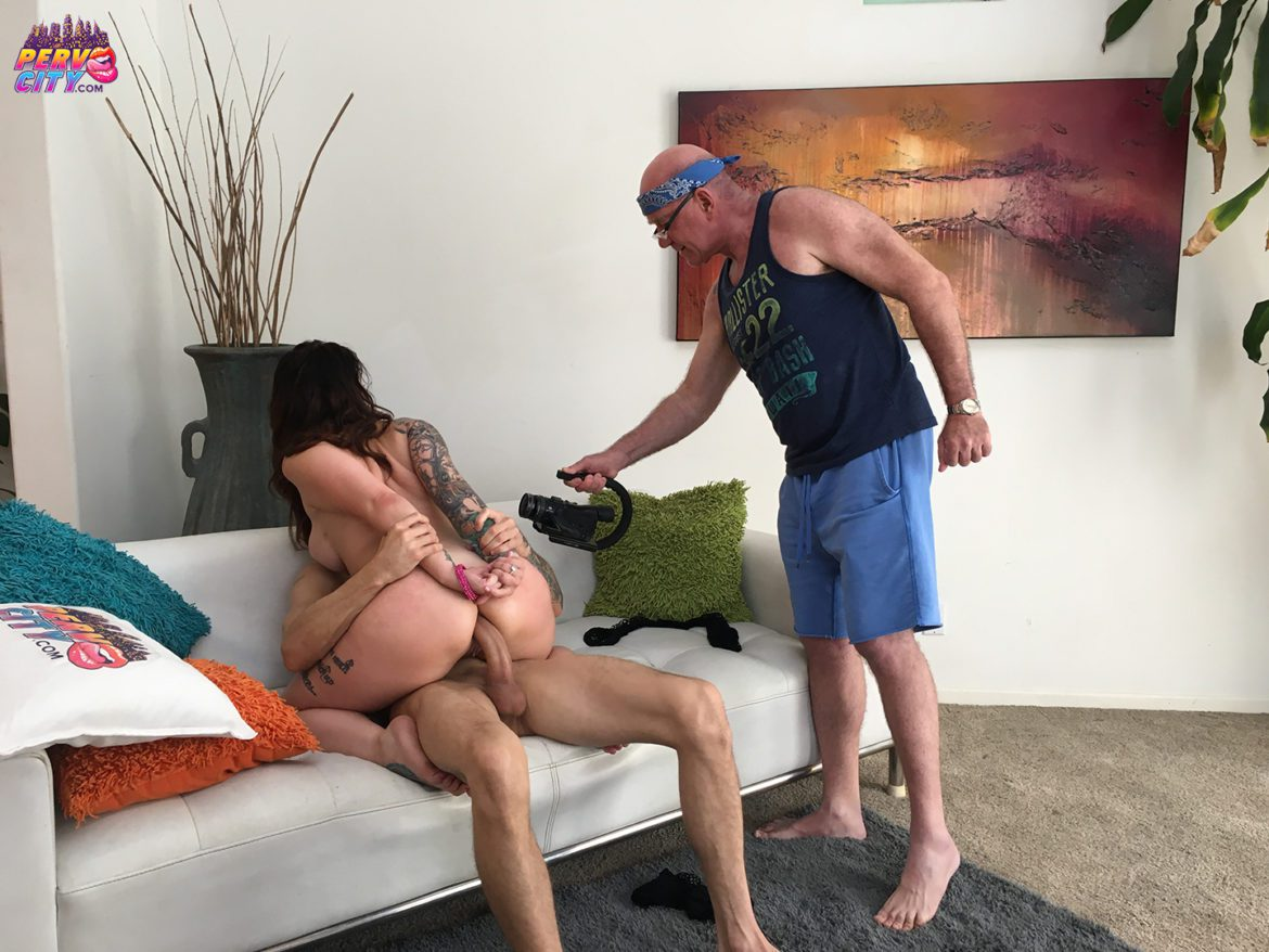 Ivy Lebelle Behind the Scenes at PervCity