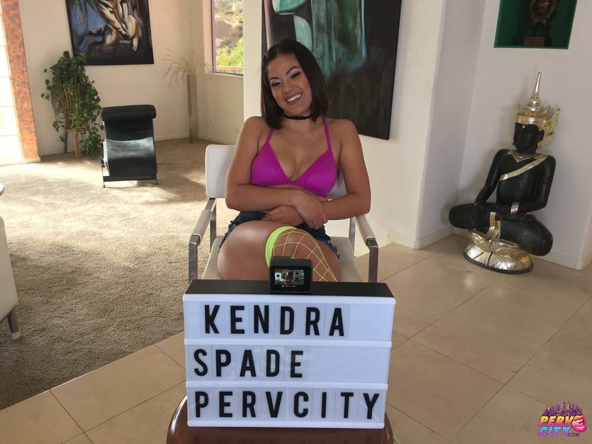 Kendra Spade Up Her Asshole Behind the Scenes