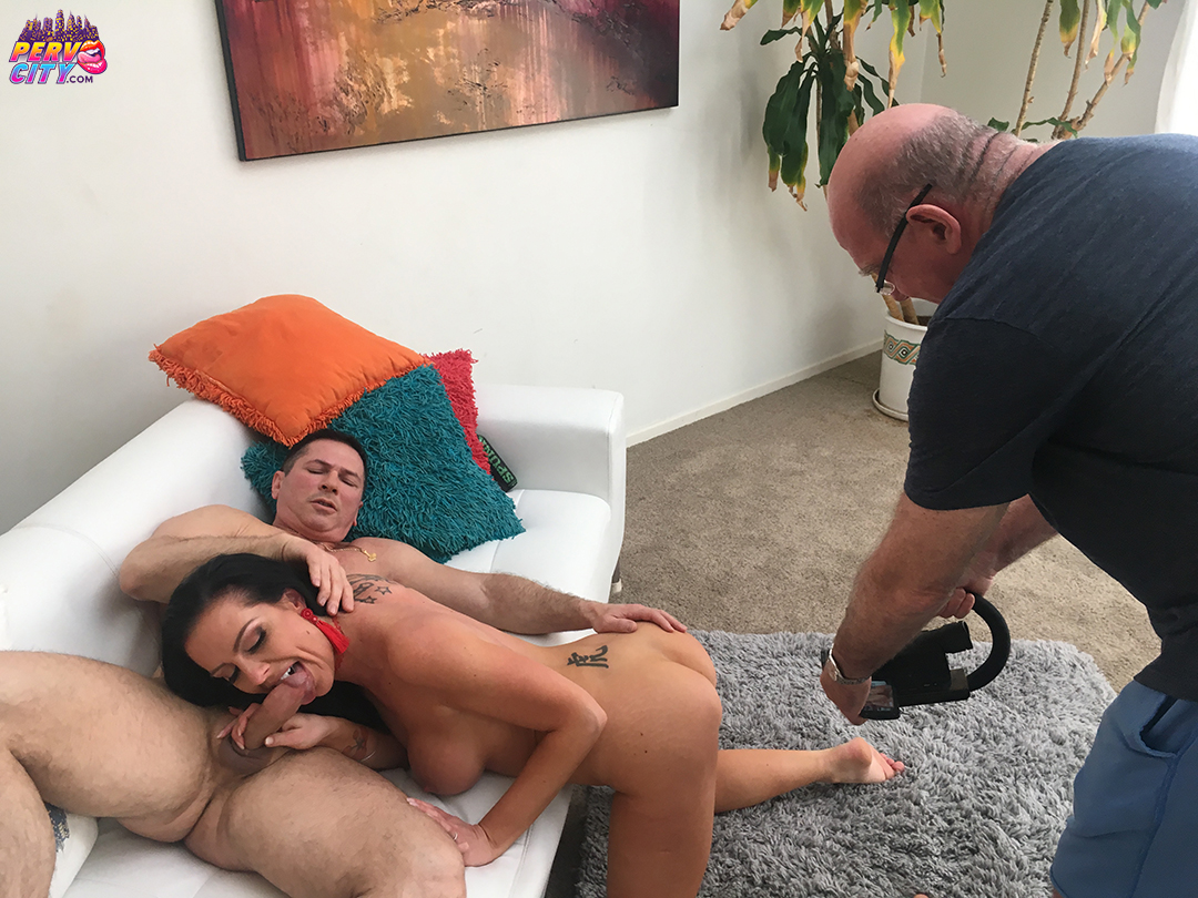 Texas Patti German MILF Super Slut BTS