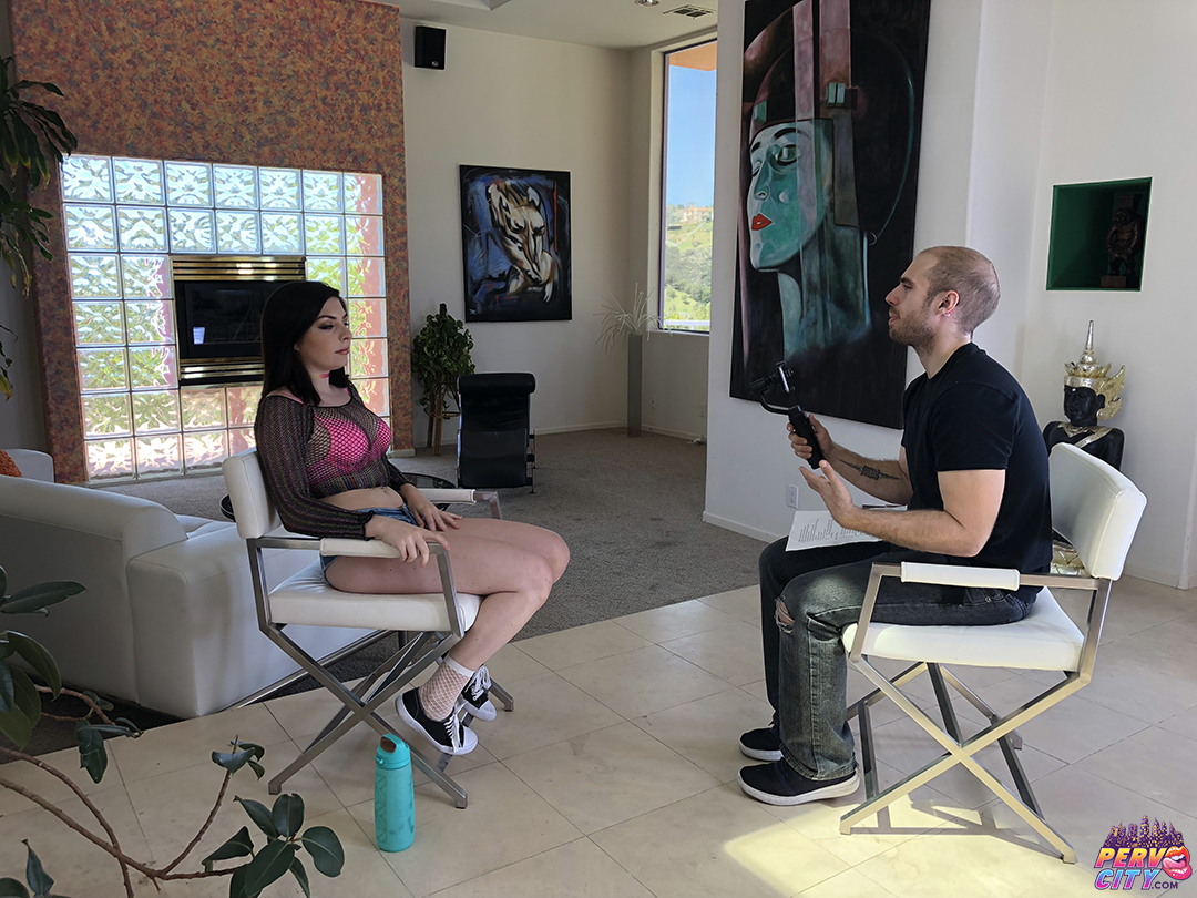 Keira Croft – Behind the Scenes – Up Her Asshole