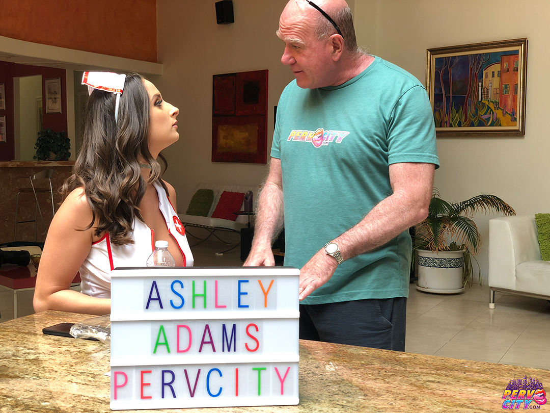 Ashley Adams – Anal Overdose Behind the Scenes