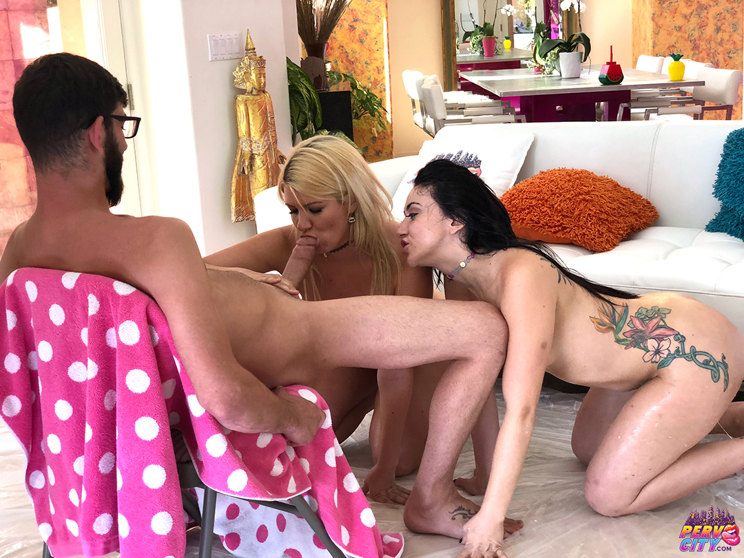 Layla Price and Mandy Muse Extreme Blowjob