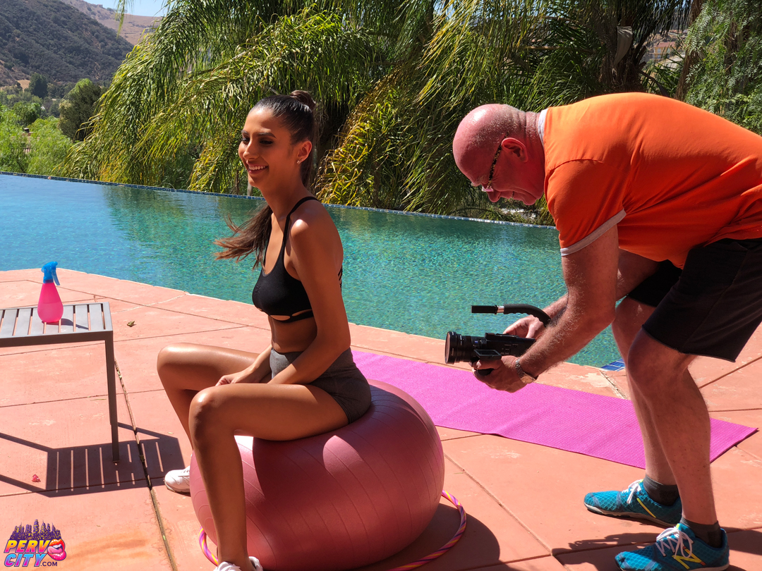 Banging Beauty Gianna Dior Behind the Scenes